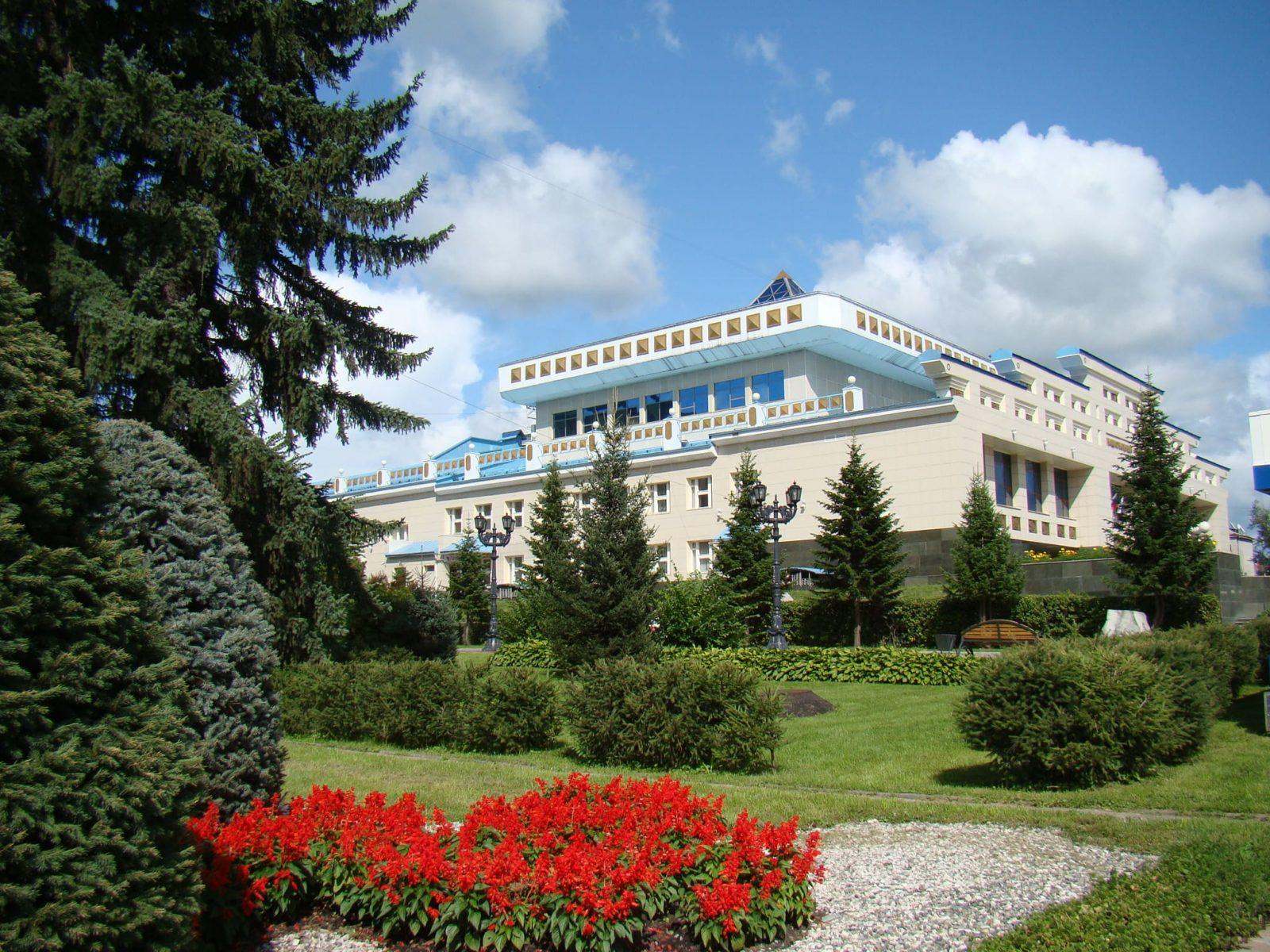 Горно-Алтайск — столица Республики Алтай.