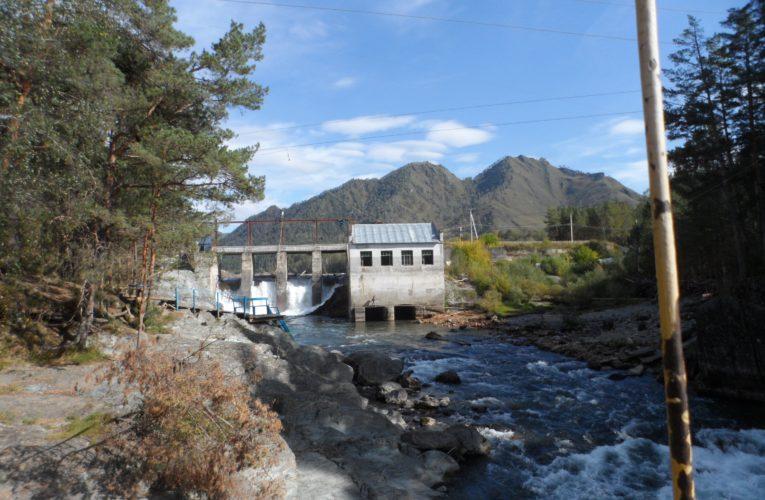 Чемальская ГЭС – одна из первых гидроэлектростанций Сибири